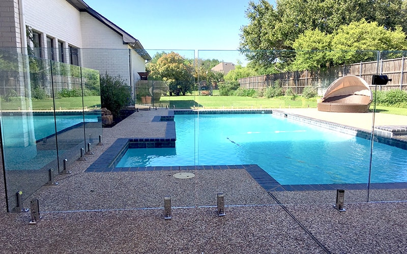 9 Benefits of Frameless Glass Fencing - Aquaview