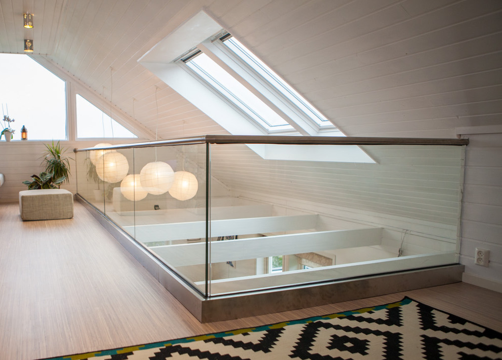 base-shoe-glass-railing-3