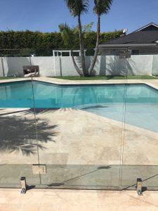pool fencing gate copy