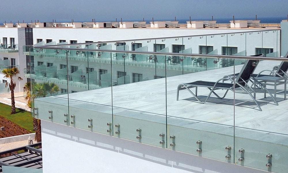 glass railing 4-min