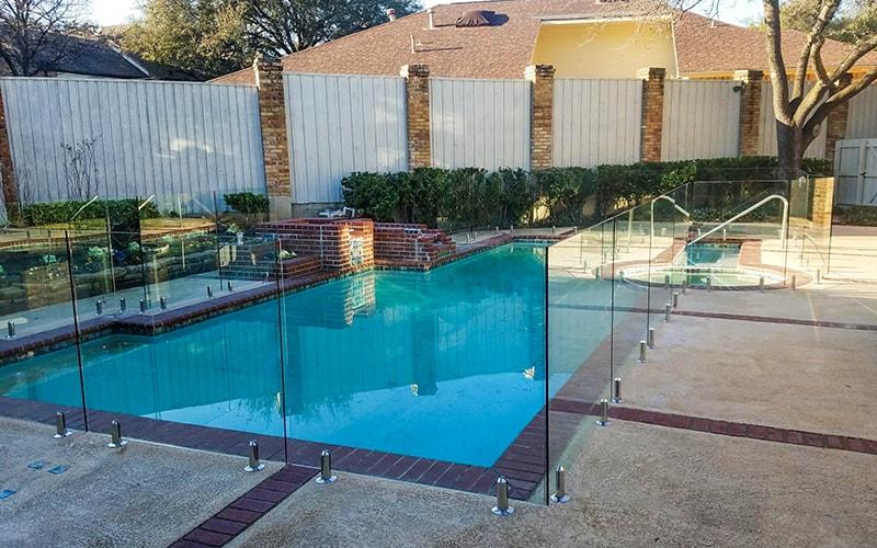 pool fencing 3-min