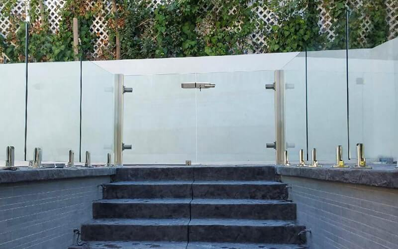, Outdoor Pool Gate Ideas to Keep Children and Pets Safe